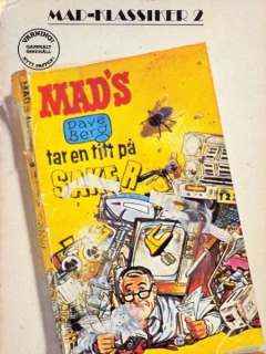 Go to MAD Klassiker #2: Dave Berg tar en titt på saker • Sweden
