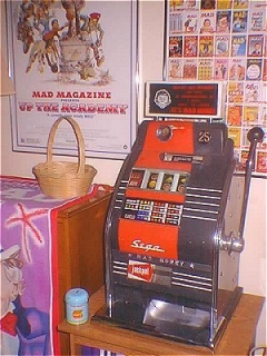 Go to Slot Machine 'MAD Money' SEGA • Great Britain