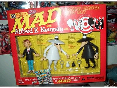 Alfred E. Neuman / Spy vs Spy Action Figure Set • USA
