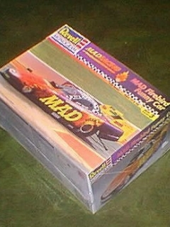 Go to Model Kit 'Jerry Toliver MAD Car' Revell / Monogram • USA