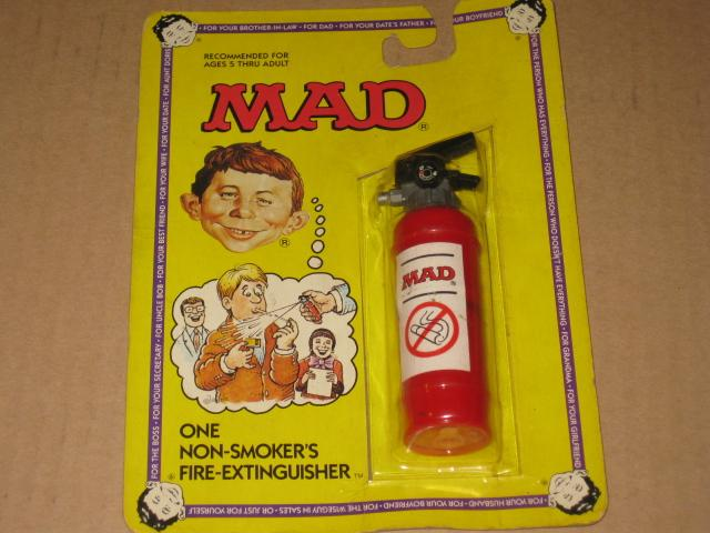 Squirt Toy MAD 'Fire Extinguisher' • USA