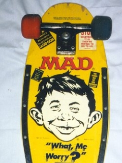 Skateboard 'Nash' with MAD logo and Alfred Face, yellow • USA