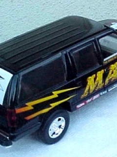 Go to Die Cast Model MAD Racing Chevy Suburban Truck (1/24)