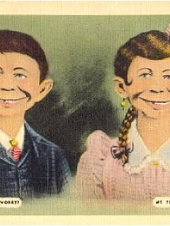 Go to Postcard Pre-MAD Alfred E. Neuman & Girlfriend