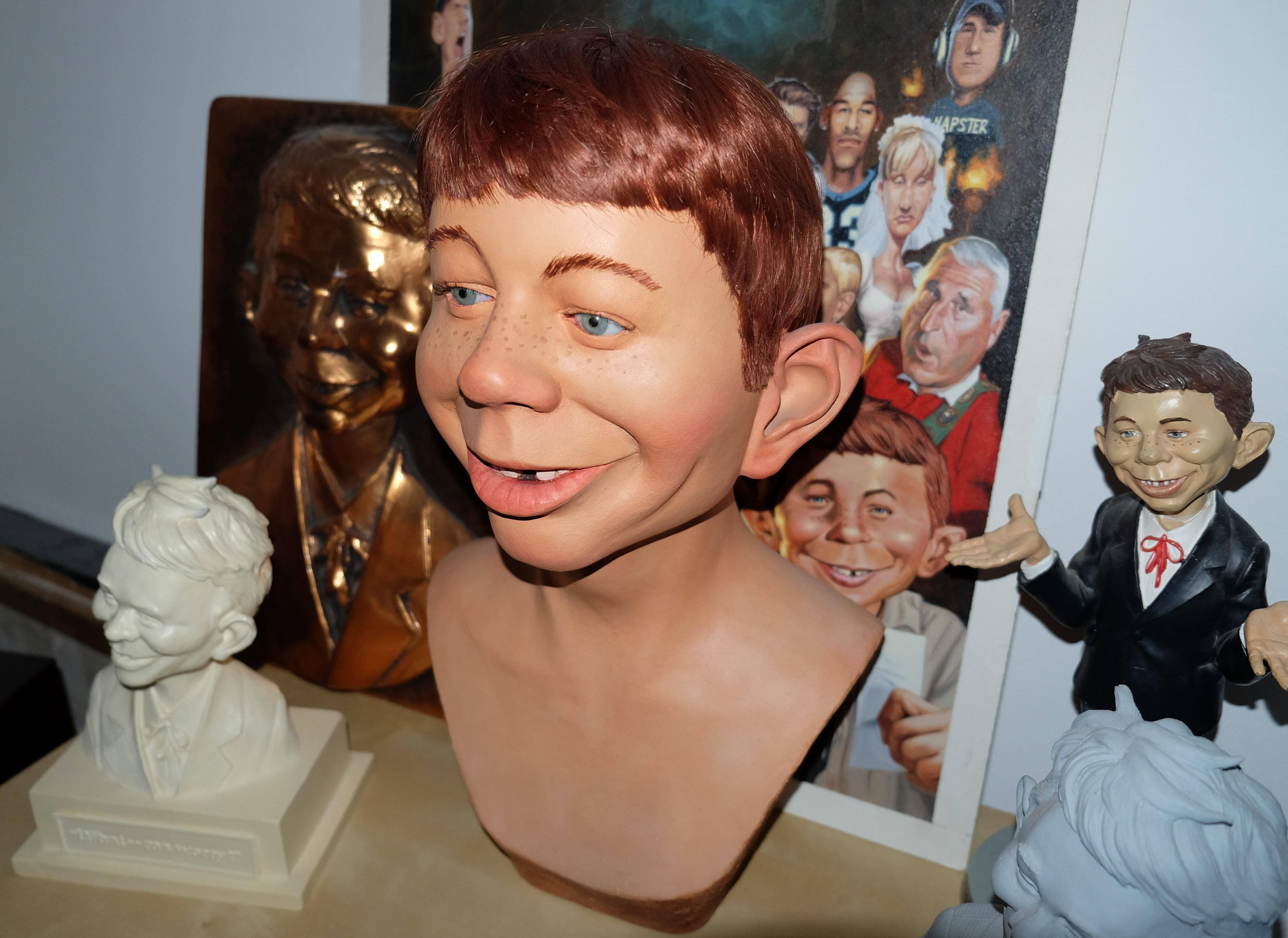 Bust Alfred E. Neuman Life-Size by Gary Mirabelle • USA