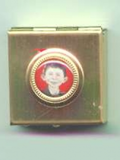 Go to Pill Box with Alfred E. Neuman Face