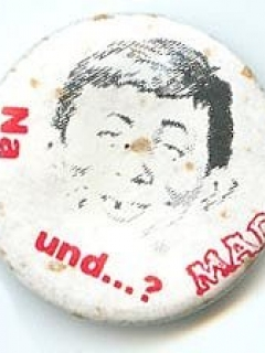 Button Alfred E. Neuman Face 'Na und...?'