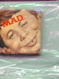 "Go to Ceramic Magnet ""Alfred Face"" • USA"