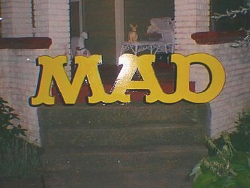 Sign 3D Giant MAD Logo • USA