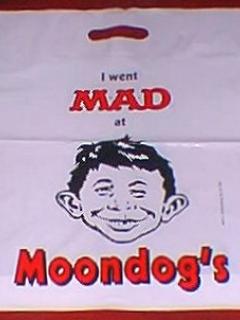 Go to Bag Moondog's Shopping • USA