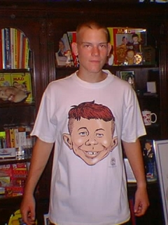 Go to T-Shirt 'Alfred E. Neuman Buzz Cut'