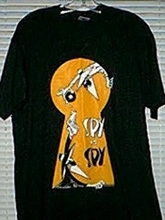 Go to T-Shirt 'Spy vs Spy', black & orange • USA