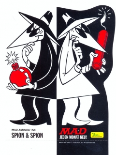 Cardboard Standup Small #2: Spion & Spion • Germany
