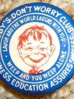 "Go to Oldest original ""Me-Worry"" Button • USA"