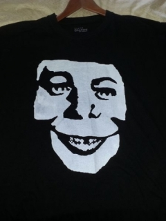 Go to T-Shirt Alfred E. Neuman as Misfits Skull