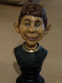 Go to Chess Figure/Bust Alfred E. Neuman  • USA