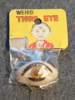Weird Third Eye Toy • Japan