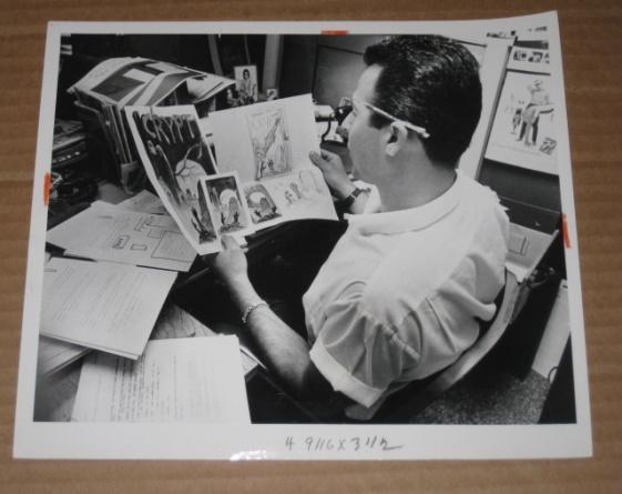 Original Published Photograph MAD Magazine / Nick Meglin (Frank Frazetta Art) • USA