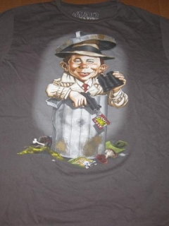 Go to T-Shirt Alfred E. Neuman / International Spy Museum • USA