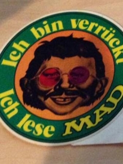 Go to Sticker 'Ich bin verrückt - Ich lese MAD' (green version)