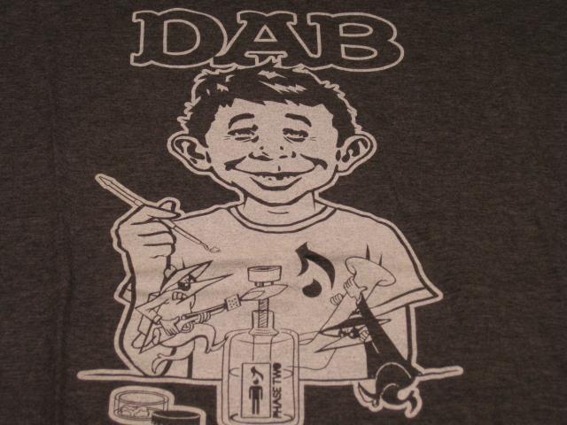 T-Shirt w/ Alfred E. Neuman & MAD Magazine Logo Swipe • USA