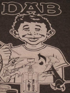 Go to T-Shirt w/ Alfred E. Neuman & MAD Magazine Logo Swipe • USA