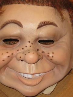 Go to Latex Head Mask Alfred E. Neuman • USA