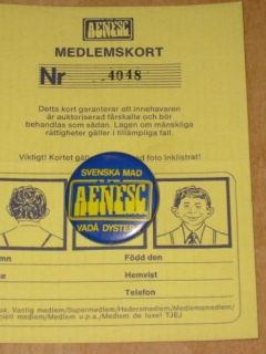 Go to Membership Card w/ Pin Alfred E. Neuman Fan Supporter Club • Sweden