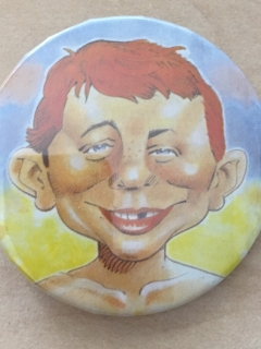 Go to Pinback Button Alfred E. Neuman Colored • USA