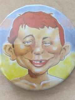 Go to Pinback Button Alfred E. Neuman Colored • USA