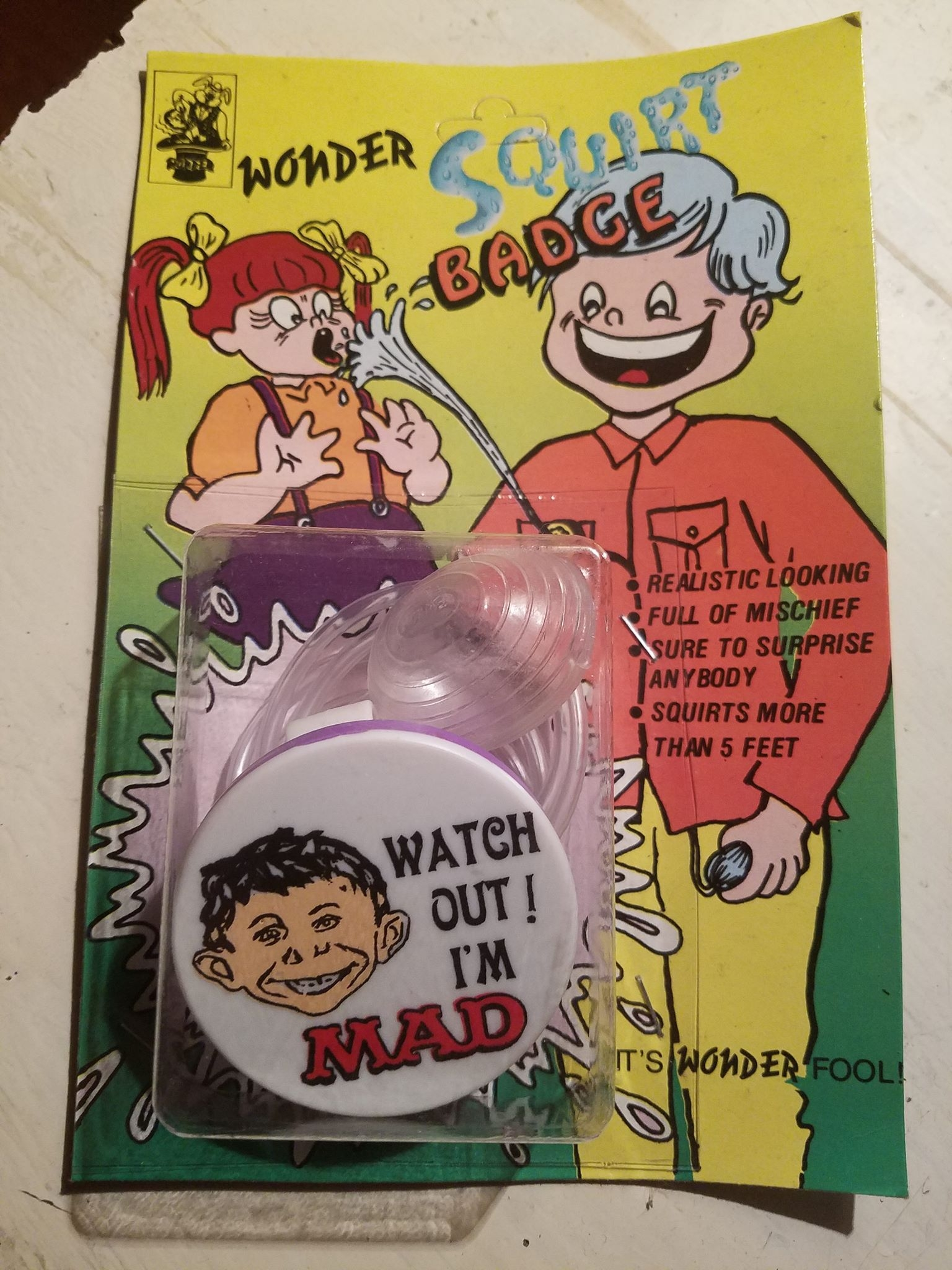 Wonder Squirt Badge with Alfred E. Neuman Badge • India