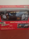 Revell MAD Firebird Funny Car Prepainted Modell Kit • USA