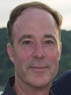 Daniel Shelton