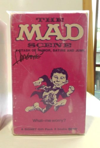 The MAD Scene paperback Gift Set (Pink version, front)