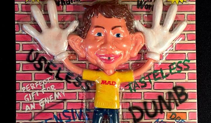 Concepts Plus Bendable Alfred E. Neuman, perfect gift for an enemy, does nothing