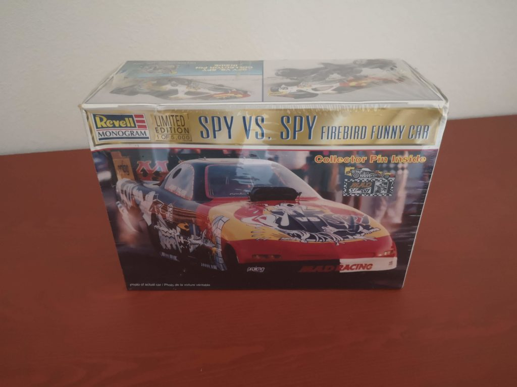 Limited Edition Spy vs. Spy Firebird Funny Car 1/24 Model Kit